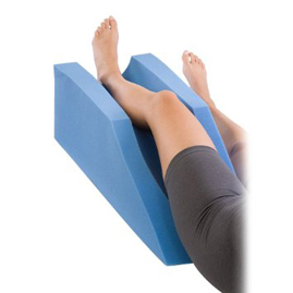 leg-elevation-foam-support-pillow